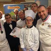 """Un jeune cuisinier trisomique breton gagne le très prestigieux concours de """"l'assiette Gourm'hand"""" - Le handicap en région Bretagne"""