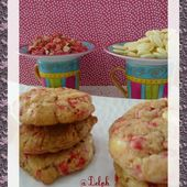 Cookies au chocolat blanc et pralines roses - Oh, la gourmande..