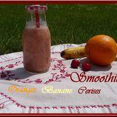Smoothie oranges-banane-cerises - Oh, la gourmande..