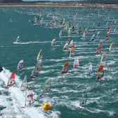 DEFI WIND 2015 : GRUISSAN - 1200 windsurfers vs the storm 50knts wind - OOKAWA Corp.