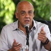 Venezuela: L'opposition présente 10,000 signatures de personnes mortes dans leur demande de referendum révocatoire - Viva Venezuela