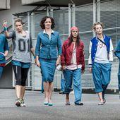 Les Workingirls passent noël en prison sur Canal+