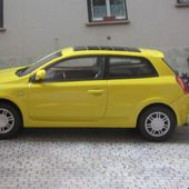 FIAT STILO PEINTURE JAUNE CARARAMA 1/43 - car-collector.net