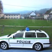 FASCICULE N°20 SKODA OCTAVIA WAGON POLICIE UNIVERSAL HOBBIES 1/43 POLICE TCHEQUE - car-collector