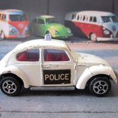 VOLKSWAGEN COCCINELLE 1300 POLICE WHIZZWHEELS CORGI JUNIORS 1/64 - car-collector