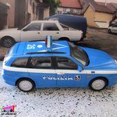 FASCICULE N°12 ALFA ROMEO 156 SW POLIZIA STRADALE 2003 UNIVERSAL HOBBIES 1/43 - car-collector