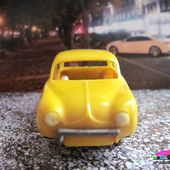 RENAULT DAUPHINE COULEUR JAUNE MINIALUXE 1/43 - car-collector
