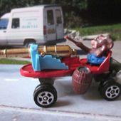 TOM ET JERRY. JERRY' S BANGER CORGI - car-collector.net