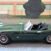 FASCICULE N°1 JAGUAR TYPE E 1961 VERT ANGLAIS DEL PRADO UNIVERSAL HOBBIES 1/43 - car-collector