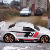 AMAZOOM VOLVO S60 WTCC HOT WHEELS 1/64 - car-collector