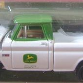 CHEVY PICK-UP 1964 JOHN DEERE JOHNNY LIGHTNING 1/64 LIMITED EDITION - car-collector.net