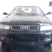 FASCICULE N°16 AUDI A4 2.4L 1996 NOIRE UNIVERSAL HOBBIES 1/43 - car-collector