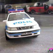 FASCICULE N°6 SAAB 9.5 POLIS STOCKHOLMS UNIVERSAL HOBBIES 1/43 - POLICE DE SUEDE - car-collector