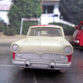 FASCICULE N°3 SIMCA VEDETTE CHAMBORD DINKY TOYS REEDITION ATLAS 1/43 - car-collector