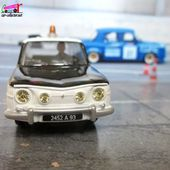 RENAULT 8 POLICE DAN-TOYS 1/43 - R8 POLICE DANTOYS - car-collector