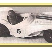 DOCUMENT: LES BOLIDES DES ANNEES 1950: CRESCENT TOYS - car-collector