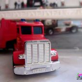 FIRE ENGINE MATCHBOX 1/80 - CAMION DE POMPIERS - car-collector
