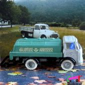 CAMION BERLIET GAK BALAYEUSE ARROSEUSE FRANCE JOUET 1/43 - car-collector