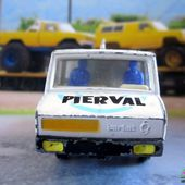 CAMION BERLIET STRADAIR BRASSEUR PIERVAL FRANCE JOUETS 1/60 - car-collector