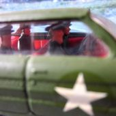 OLDSMOBILE SUPER 88 HQ STAFF CAR MILITARY CORGI 1/43 - car-collector.net