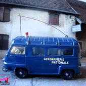 RENAULT ESTAFETTE GENDARMERIE NATIONALE C.I.J 1/45 - car-collector.net