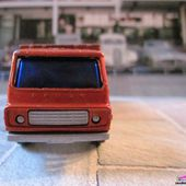 MB71-e. CAMION FOURRAGERE DODGE CATTLE TRUCK MATCHBOX 1/86 - car-collector.net