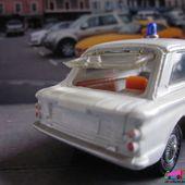SUNBEAM IMP PANDA POLICE CORGI TOYS 1/43 - car-collector.net