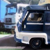 RENAULT ESTAFETTE FOURGON POLICE C.I.J 1/45 - car-collector.net