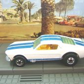 FORD MUSTANG STOCKER HOT WHEELS 1/64 - car-collector.net