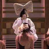 Le live de Sia dans le Tonight Show de Jimmy Fallon. - LeBlogTvNews