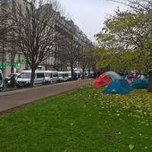 ALERTE - la police en nombre ce matin au campement des familles expulsées du 168 Wilson - Philippe Caro