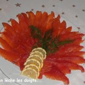 Recette de saumon gravlax mariné à la betterave et vodka - On s'en lèche les doigts...