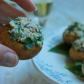 Champignons crus farcis à l'ail des ours et au tofu - La cuisine d'Anna et Olivia