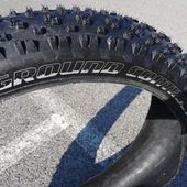 "TEST Pneu FAT BIKE ""tyre"" SPECIALIZED Ground Control 26x4.6 - VTT a 2"