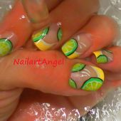 Nail Art citronné, nail art citron, nail art été - NailartAngel