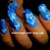 Nail art fleurs, nail art hibiscus, nail art one stroke, tutoriel, nail art pas à pas, tutoriel vidéo, nailartangel - NailartAngel