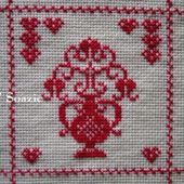 SAL : Plaid Broderie Rouge... Grille 5 D/4 - Chez Mamigoz