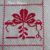 SAL : Plaid Broderie Rouge... Grille 86/ M3 - Chez Mamigoz