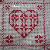 SAL : Plaid Broderie Rouge... Grille 65 / B4 - Chez Mamigoz