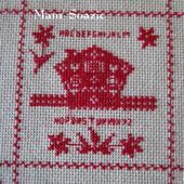 SAL : Plaid Broderie Rouge... Grille 66 / C7 - Chez Mamigoz