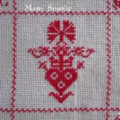 SAL : Plaid Broderie Rouge... Grille 74 / G7 - Chez Mamigoz