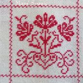 SAL : Plaid Broderie Rouge... Grille 17 / C9 - Chez Mamigoz