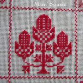 SAL : Plaid Broderie Rouge... Grille 89 / I 9 - Chez Mamigoz