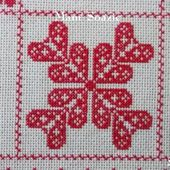 SAL : Plaid Broderie Rouge... Grille 88 / E13 - Chez Mamigoz