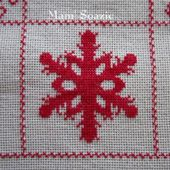 SAL : Plaid Broderie Rouge... Grille 62 / K13 - Chez Mamigoz
