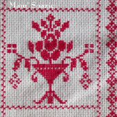 SAL : Plaid Broderie Rouge... Grille 78 / M11 - Chez Mamigoz