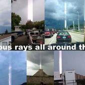 Des piliers de lumière apparaissent dans de nombreux endroits du monde - MOINS de BIENS PLUS de LIENS
