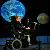 """Stephen Hawking Explains Why Human History Is """"The History of Stupidity"""""""