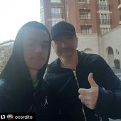 The Edge avec un fan à Dublin 05/03/2016 - U2 BLOG