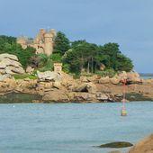 Les rochers de granit rose de Ploumanach et un bon plan vacances - Hélène SF
